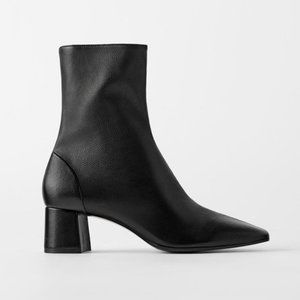 ZARA ~ BLACK LEATHER ANKLE BOOTS ~ 39 ~ 8 ~ ZIPPER